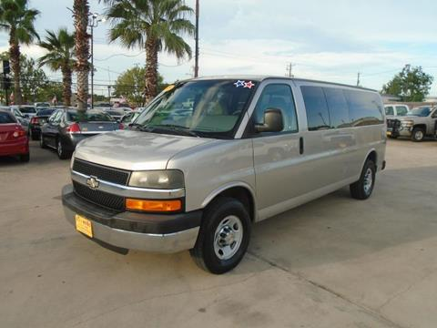 2009 Chevrolet Express Passenger for sale in Houston, TX