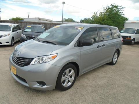 2014 Toyota Sienna for sale in Houston TX