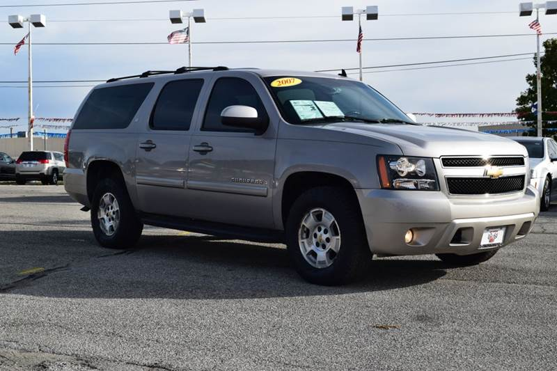 2007 chevrolet suburban lt 1500 4dr suv 4wd in indianapolis in indy motors west. Black Bedroom Furniture Sets. Home Design Ideas