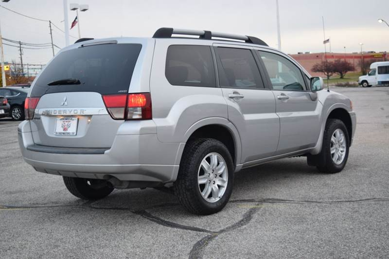 2011 Mitsubishi Endeavor LS AWD 4dr SUV - Indianapolis IN