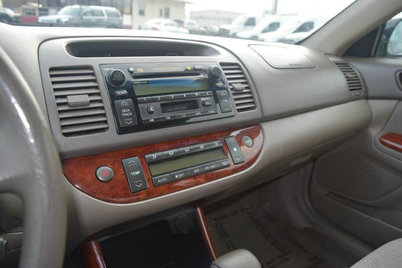 2004 Toyota Camry XLE 4dr Sedan - Indianapolis IN