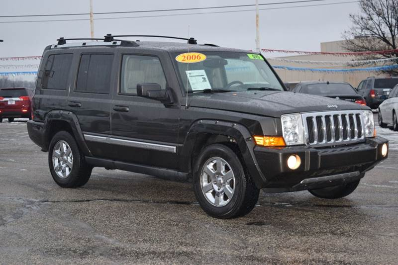 how to turn on 4wd on jeep commander