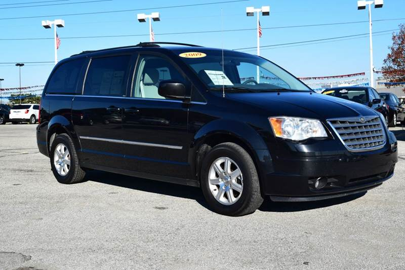2009 chrysler town and country touring mini van 4dr in indianapolis in indy motors west. Black Bedroom Furniture Sets. Home Design Ideas