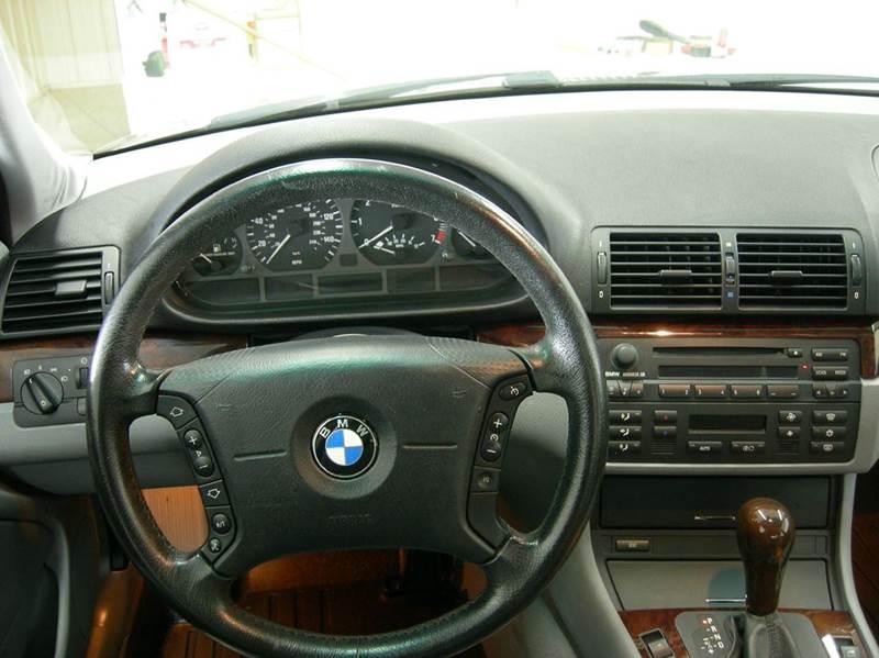 2004 Bmw 3 Series 325i 4dr Sedan In MONTICELLO IN  MOLTER AUTO SALES
