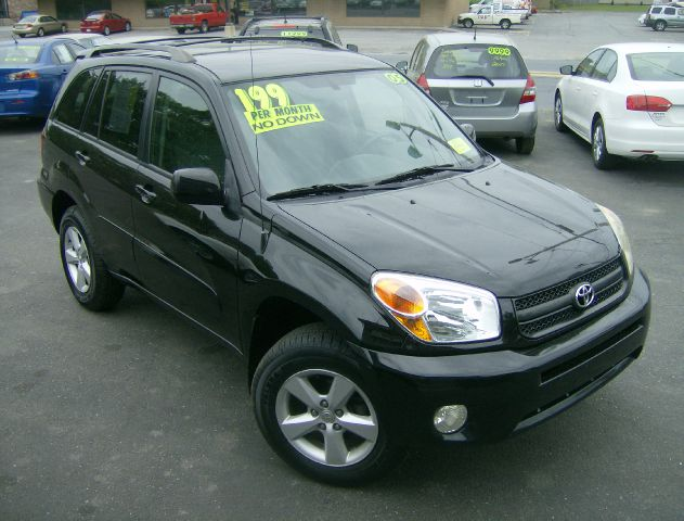 2005 Toyota RAV4 for sale in Fitchburg MA