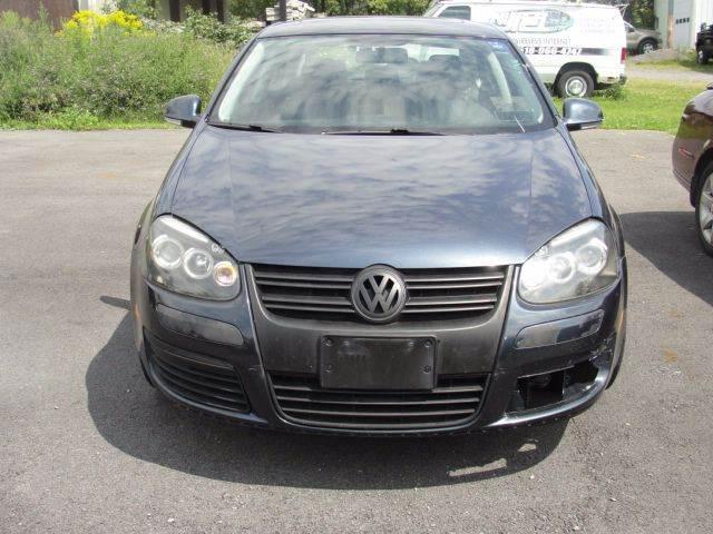 2010 Volkswagen Jetta SE PZEV 4dr Sedan 6A - East Springfield NY