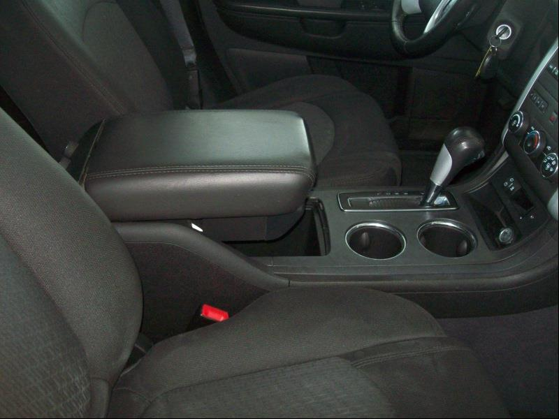 2011 Chevrolet Traverse AWD LT 4dr SUV w/1LT - Belvidere IL
