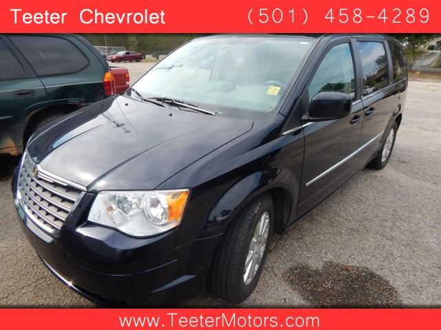 2010 Chrysler Town And Country Touring 4dr Mini Van In