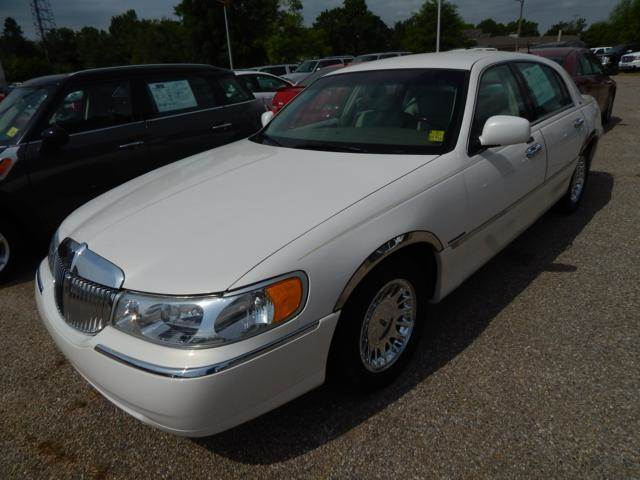 2001 lincoln town car cartier 4dr sedan in malvern for Teeter motor co used car division malvern ar