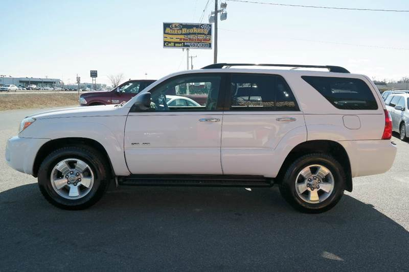 2007 toyota 4runner sr5 4dr suv 4wd v6 in fredericksburg. Black Bedroom Furniture Sets. Home Design Ideas
