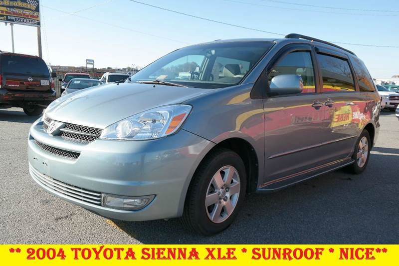 2004 toyota sienna xle sunroof in fredericksburg va l s auto brokers. Black Bedroom Furniture Sets. Home Design Ideas