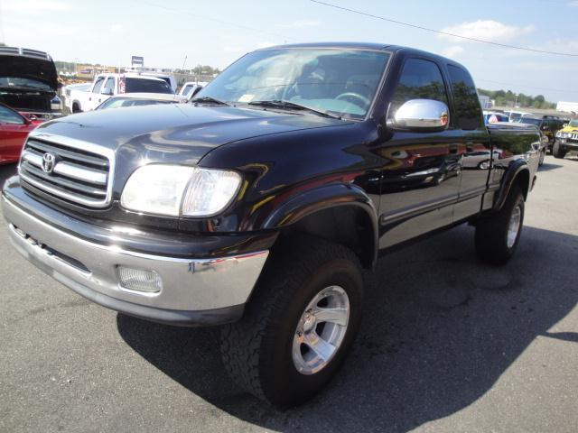 2001 toyota tundra 4dr access cab sr5 v8 4wd sb in fredericksburg va l s auto brokers. Black Bedroom Furniture Sets. Home Design Ideas