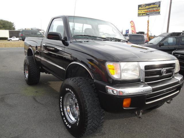 1998 toyota tacoma 4x4 4 cylinder for sale in fredericksburg alexandria richmond l s auto brokers. Black Bedroom Furniture Sets. Home Design Ideas