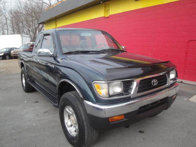 1996 Toyota Tacoma Sr5 2dr 4wd Extended Cab Sb In