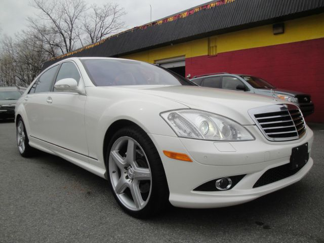 2009 mercedes benz s class 4905 jefferson davis hwy for Contact mercedes benz financial