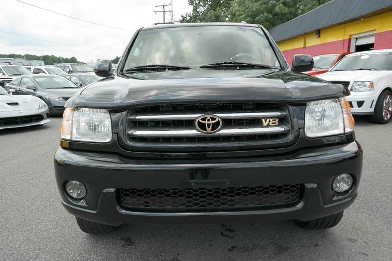 2003 toyota sequoia limited 4wd in fredericksburg va l s auto brokers. Black Bedroom Furniture Sets. Home Design Ideas