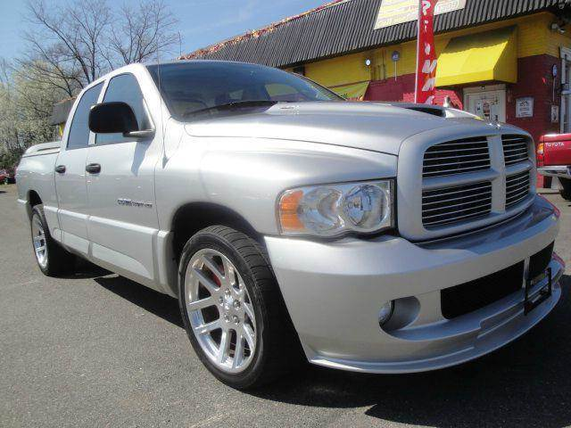 2005 dodge ram pickup 1500 srt 10 viper quad cab sunroof in fredericksburg va l s auto brokers. Black Bedroom Furniture Sets. Home Design Ideas