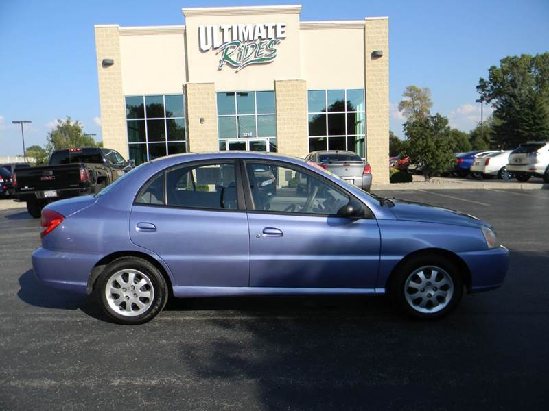 2003 kia rio 4dr sedan in appleton wi ultimate rides inc. Black Bedroom Furniture Sets. Home Design Ideas