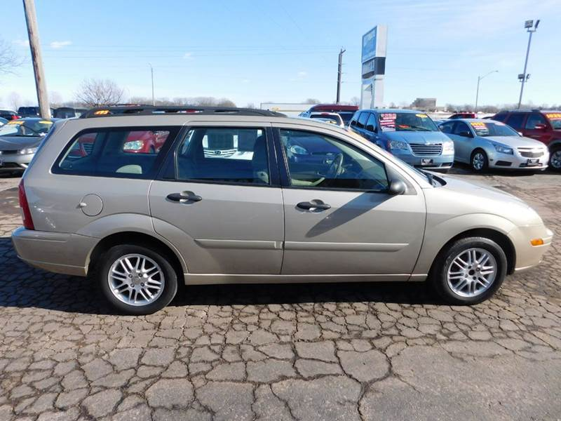 2007 ford focus zxw ses 4dr wagon in appleton wi. Black Bedroom Furniture Sets. Home Design Ideas