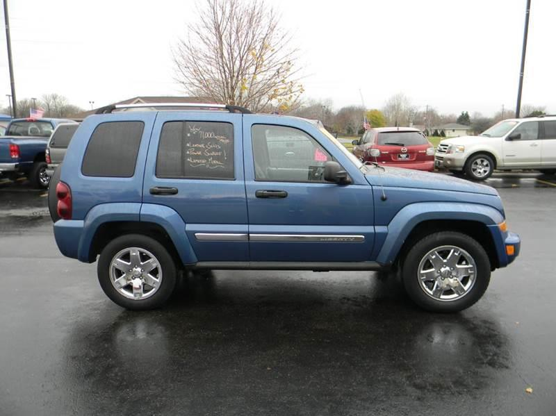 2006 jeep liberty limited 4dr suv w front side curtain airbags in appleton wi ultimate rides inc. Black Bedroom Furniture Sets. Home Design Ideas