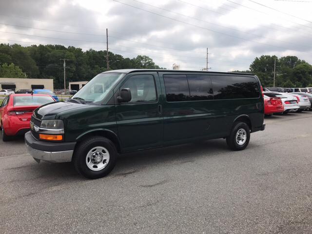 2011 Chevrolet Express Passenger LT 3500 3dr Extended Passenger Van w/ 1LT - Concord NC