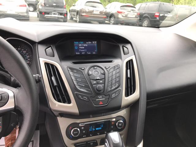 2012 Ford Focus SEL 4dr Hatchback - Concord NC