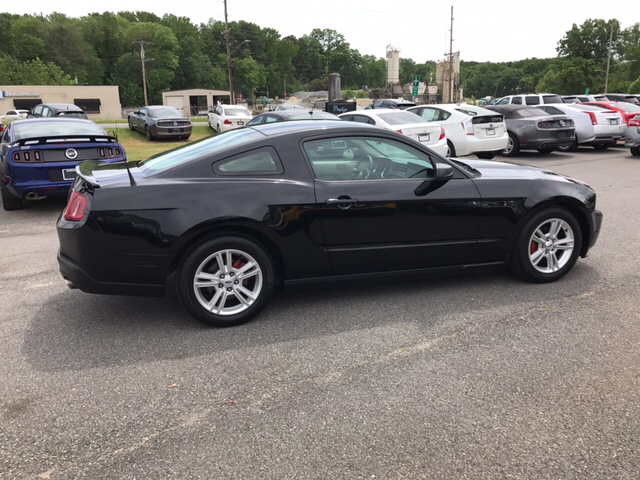 2010 Ford Mustang V6 2dr Coupe - Concord NC