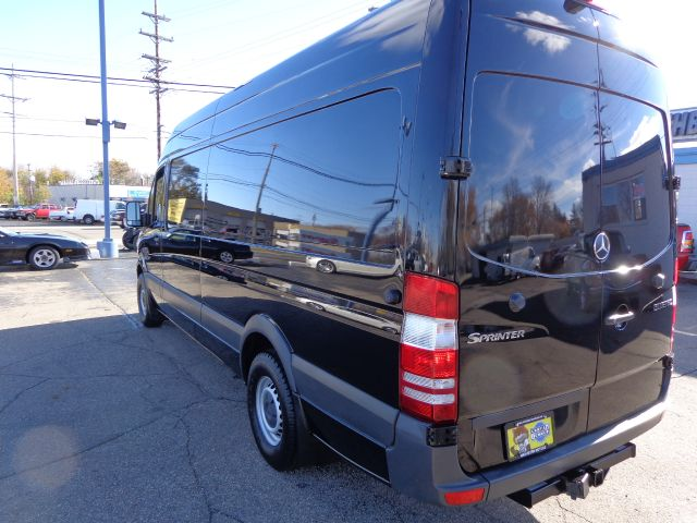 2012 mercedes benz sprinter cargo 2500 170 wb 3dr cargo for Mercedes benz sprinter 2500 mpg