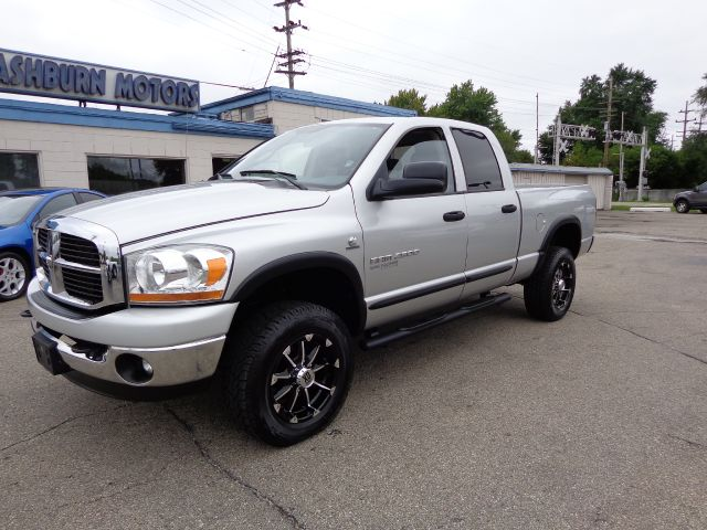2006 dodge ram pickup 2500 slt 4dr quad cab 4wd sb in mount clemens mi mashburn motors. Black Bedroom Furniture Sets. Home Design Ideas