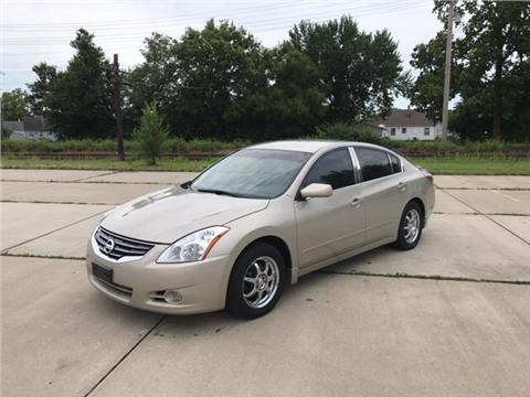 2010 Nissan Altima for sale in Hamilton, OH