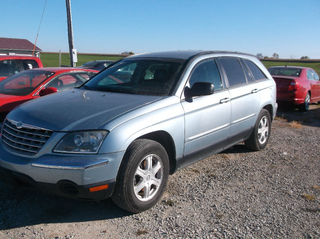 2006 Chrysler Pacifica for sale in LOCKRIDGE IA