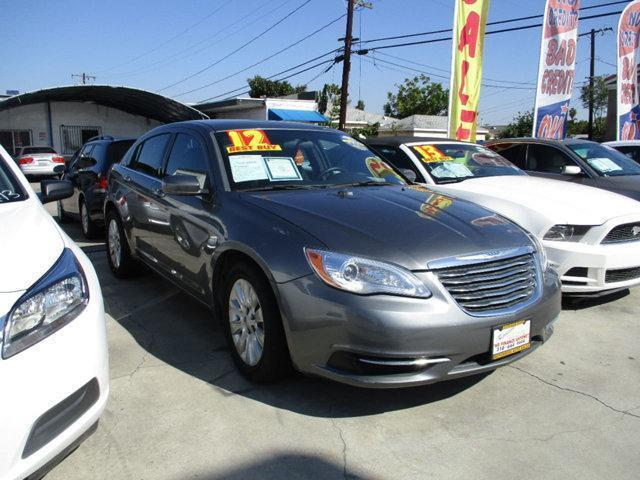 2012 chrysler 200 lx 4dr sedan in hawthorne ca repossess. Black Bedroom Furniture Sets. Home Design Ideas