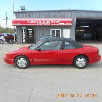 1993 Oldsmobile Cutlass Supreme for sale in Des Moines, IA