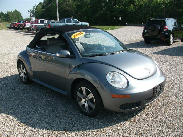 2006 Volkswagen Beetle for sale in Belpre OH