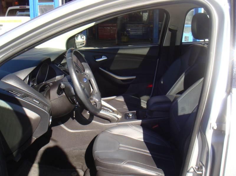 2012 Ford Focus SEL 4dr Sedan - Holliston MA