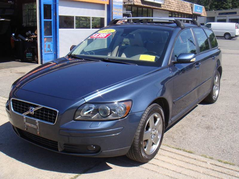2006 Volvo V50 AWD T5 4dr Wagon - Holliston MA