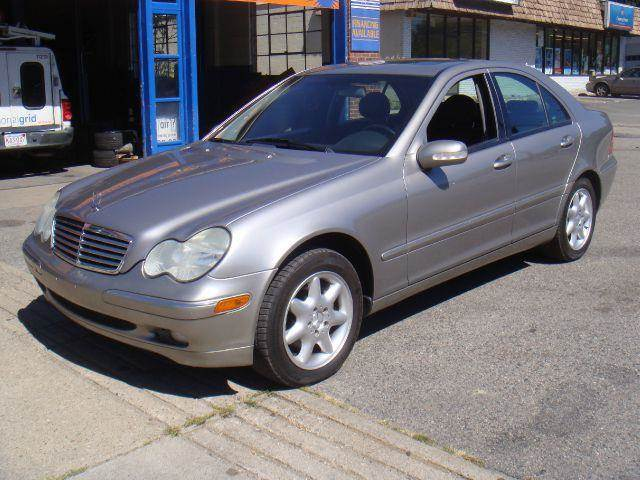 Mercedes benz for sale in holliston ma for Mercedes benz in massachusetts