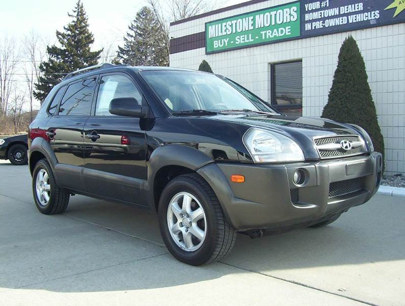 2005 hyundai tucson gls 4dr 4wd suv in chesterfield mi. Black Bedroom Furniture Sets. Home Design Ideas