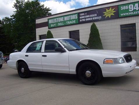 2011 Ford Crown Victoria for sale in Chesterfield, MI