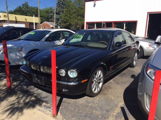 2004 Jaguar XJR Base 4dr Supercharged Sedan - Wayne MI