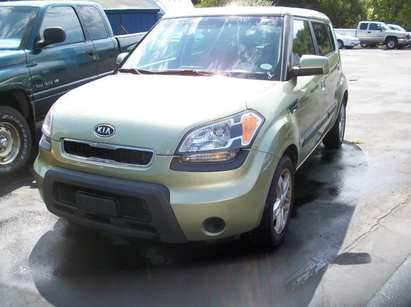 2010 Kia Soul ! 4dr Wagon 5M - Raynham MA