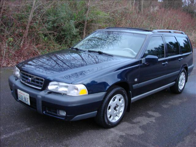 2000 volvo v70 xc cross country se seattle wa. Black Bedroom Furniture Sets. Home Design Ideas