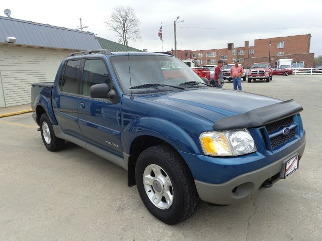 2001 ford explorer sport trac xlt 4wd 4dr crew cab in grand island central city hastings dick 39 s. Black Bedroom Furniture Sets. Home Design Ideas