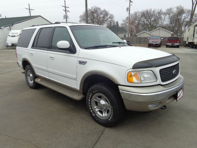 2001 ford expedition eddie bauer 4wd 4dr suv in grand. Black Bedroom Furniture Sets. Home Design Ideas