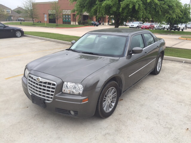 2009 chrysler 300 touring 4dr sedan in spring tx. Black Bedroom Furniture Sets. Home Design Ideas