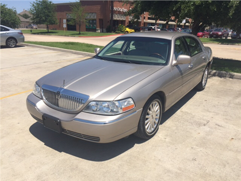 2003 Lincoln Town Car for sale in Spring, TX