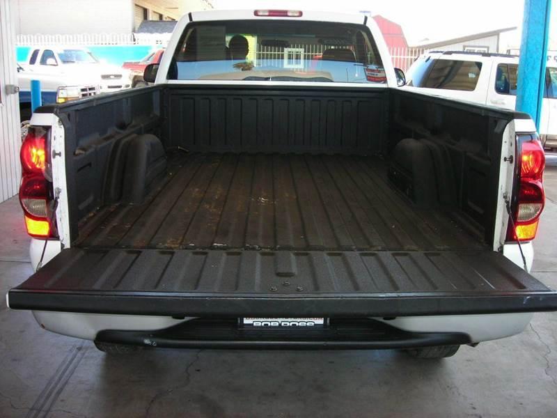 2005 Chevrolet Silverado 2500HD 2dr Standard Cab Work Truck Rwd LB - Tucson AZ