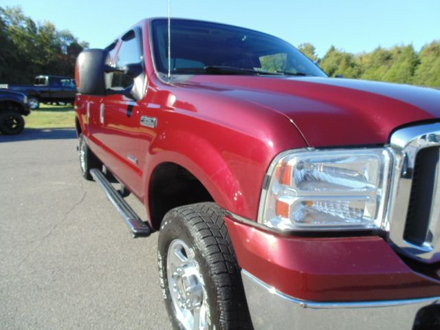 ford   super duty lariat crew cab  short bed