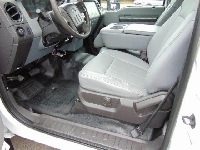 2011 Ford F-550 XL Reg Cab 4x2 - Locust Grove VA