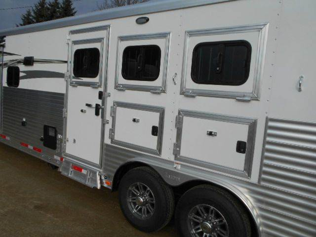 2016 Lakota Charger 15' Shortwall